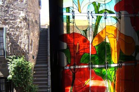 Studio lumineux  en plein cœur  de la cité d'Agde - Apartment