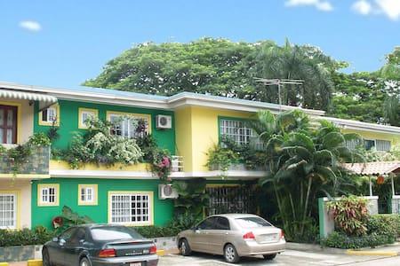 Canal-inn es un agradable BnB, - Panamá