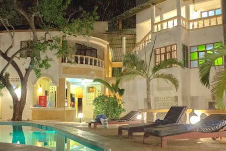 Double or Twin Room with Swimming Pool Access - Bed & Breakfast