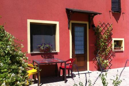 Independent mini apartment, Bevagna countryside - Bevagna - Bed & Breakfast