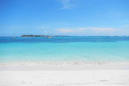 Oceanfront Orient Beach Mont Vernon St Martin - Orient Bay