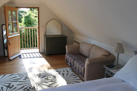 En suite B&B  in  Pluckley, Kent - Bed & Breakfast
