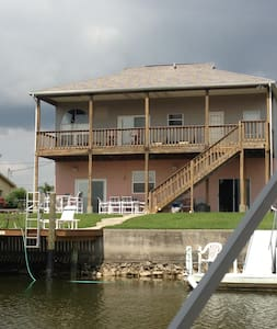 Beautiful Waterfront home with boat dock - Hernando Beach