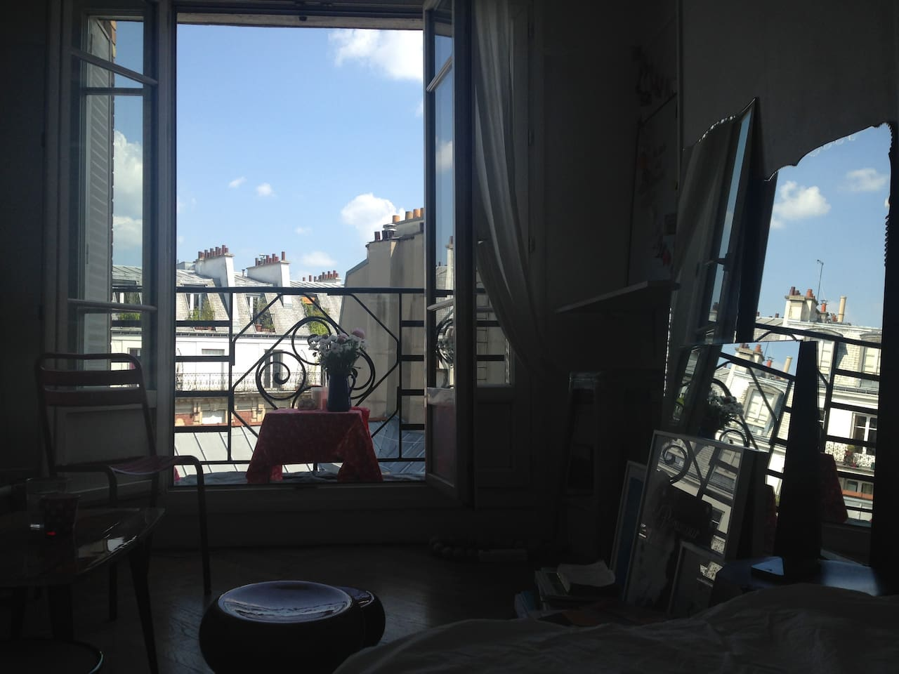 ROMANTIC SUNNY STUDIO IN LE MARAIS