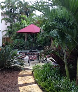 1920's Carriage House - West Palm Beach