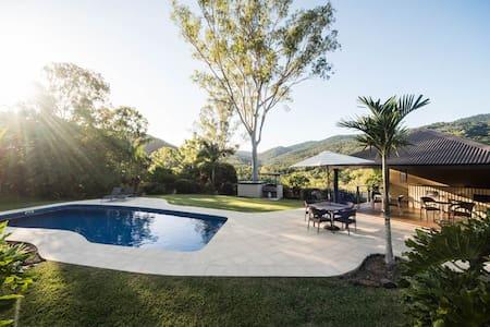 Seclude Rainforest Retreat - Acacia - Villa