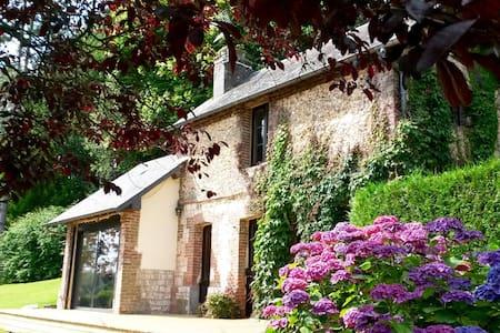 LES COTEAUX DE ST-PHILBERT - Little house - Saint-Philbert-sur-Risle - House