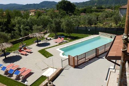 Casa Vacanze La Fonda -Biancospino  - Hus