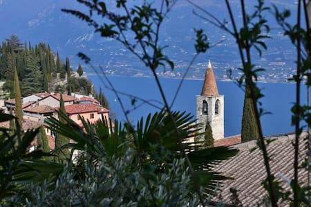 Wonderful view on Garda and Baldo! - Pieve