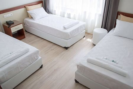 Triple room @ Yildirim Hotel - B&B