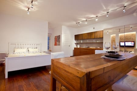OLD TOWN SPACIOUS  LUXRY 1 BEDROOM - Apartamento