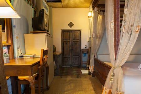 บ้านพักน่ารักวิวทะเลบนเนินเขา - Bed & Breakfast