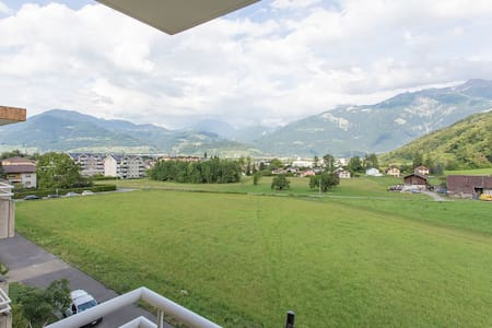 Condo near skiing/hiking areas - Appartement