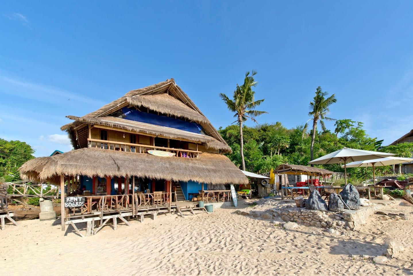 Absolute Beachfront Homestay