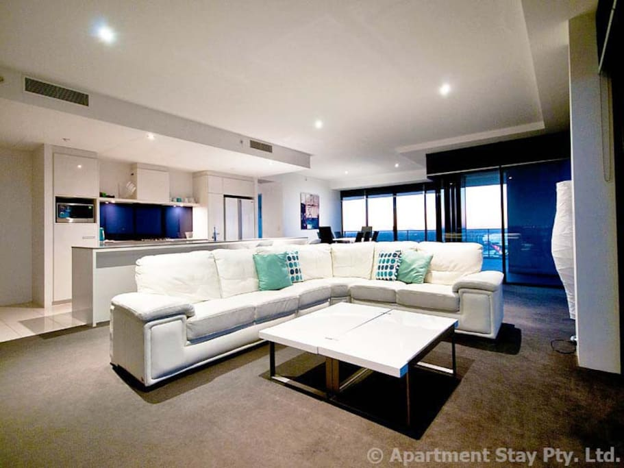 Circle on Cavill Subpenthouse Apartment Lvl  53 - Very comfortable contemporary style lounge seater.