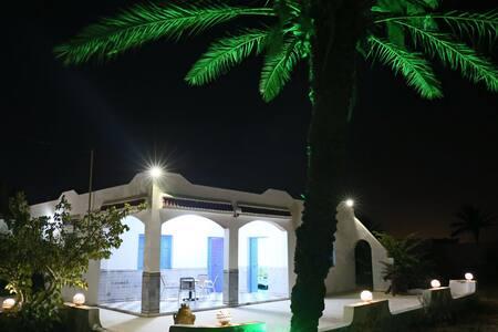 Superbe Villa meublée et très calme sans vis à vis - Aghir - Villa