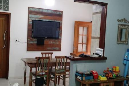 Um quarto, café e prosa! - Pindamonhangaba - Ev