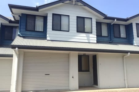 Comfortable in Chermside - Rumah bandar