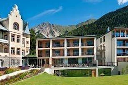 esclusivo panoramicissimo resort - San Valentino Alla Muta - Apartment
