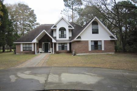 Golf Course Home near Parris Island - Casa
