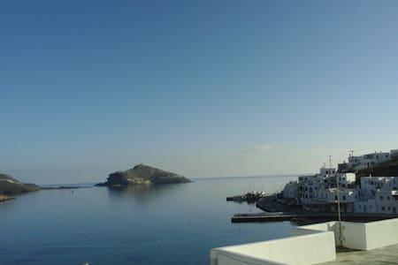 διαμέρισμα με θέα στον Πάνορμο - Tinos - Rumah