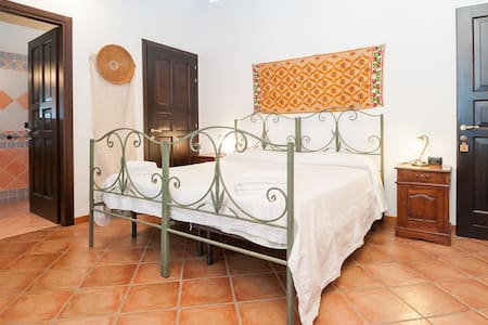 Camera  Su Nuraxi B&B Sa Muredda - Bed & Breakfast