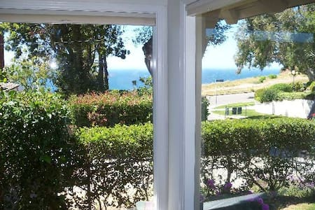Ocean View House Pacific Palisades - House
