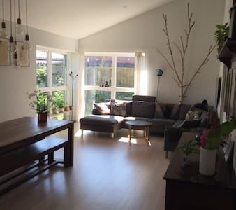 Beautiful house 15 minutes from Cph + Car 2 rent - Herlev - House