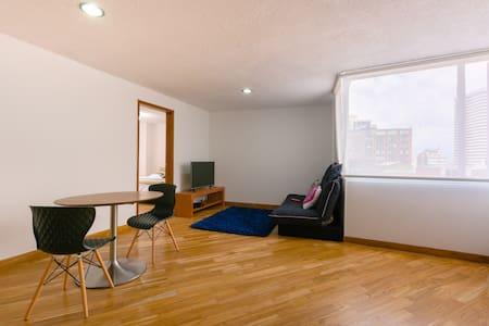 Convenient,recently remodeled loft! - Bogotá - Apartment