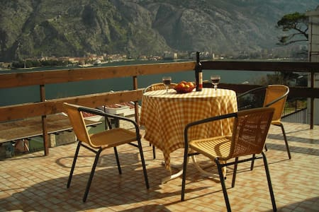 Cattaro - 2-bedroom apart. in Kotor