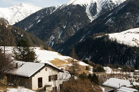 Cosy apt. with great mountain views - Wiesen