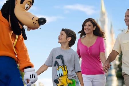 Family-Friendly 1 Bdr / Minutes to Disney Parks - Orlando - Villa