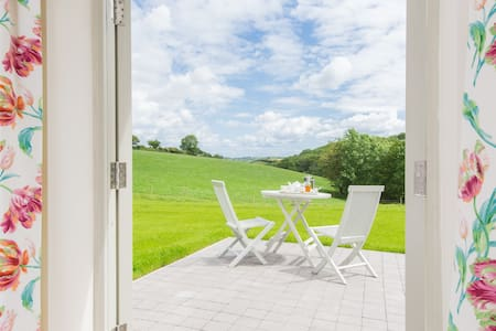 Double En-Suite with Stunning Views - Totnes - Inap sarapan