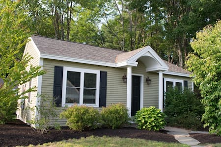Cozy 2+BR Cabin by Sea - Sailaway - Kennebunk - Chalet
