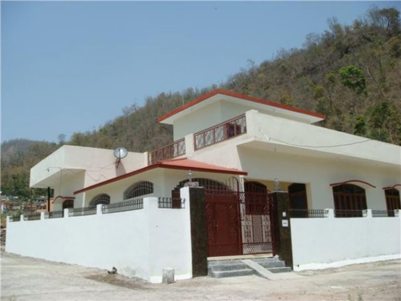 VACATION HOUSE IN RISHIKESH, INDIA