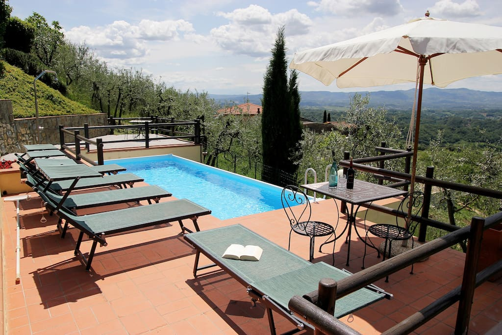 Tuscan villa in the Chianti hills