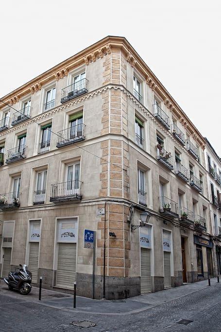 Excelent location to visit Madrid