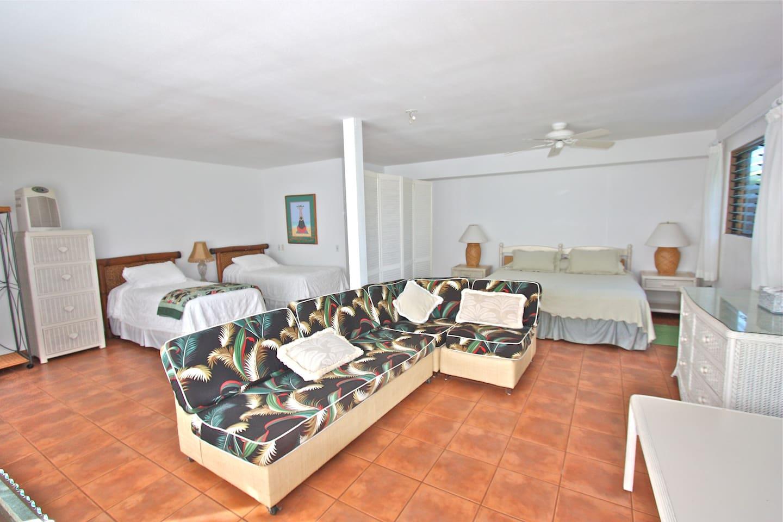 Kauai Retreat Center 'Eono Room #6