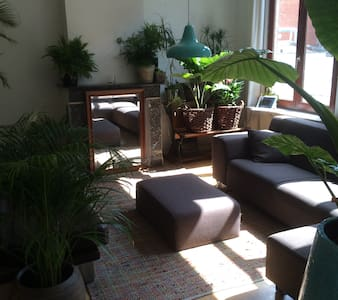 Cosy place in centre of trendy area - Antwerp - Apartment