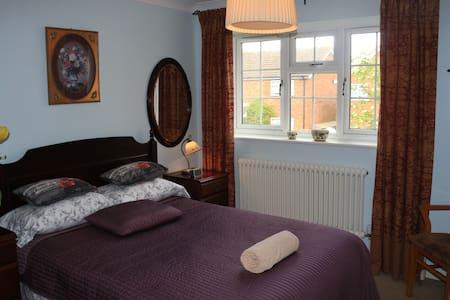 Harpenden rooms in 4 bedroom house