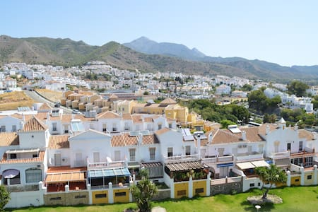 A light-filled and friendly apartment. Wifi - Nerja - Pis