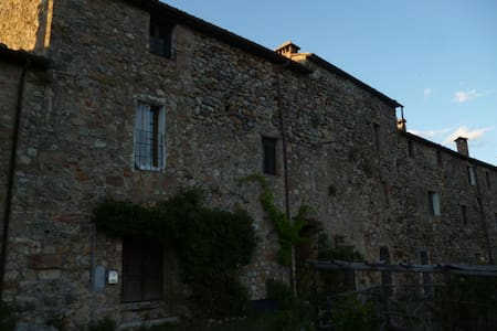 Oasis in the heart of Tuscany - Castello di Tocchi - Haus