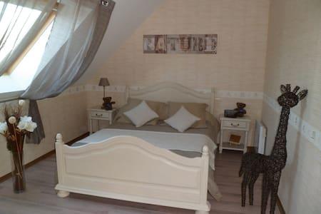 1 chambres à louer chez l'habitant - Trévières