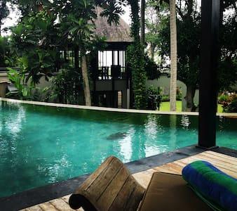 Luxury Beach Villa Canggu Bali no D - Canggu