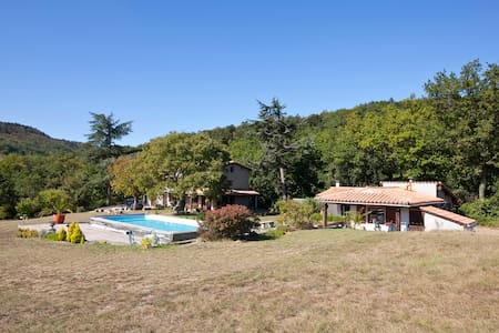 B&B in large secluded house - Rennes-les-Bains - Bed & Breakfast