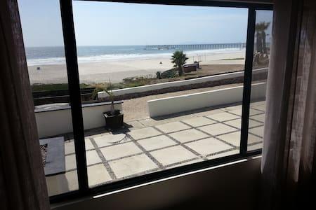 Ocean Front Villa Delfin - Rosarito