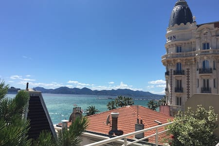 Great terrace with panoramic sea views - top floor - Cannes