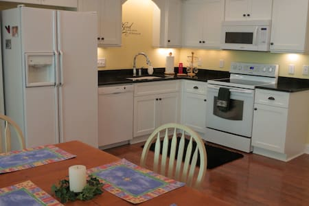 Beautiful, spacious Aiken apartment - Appartement