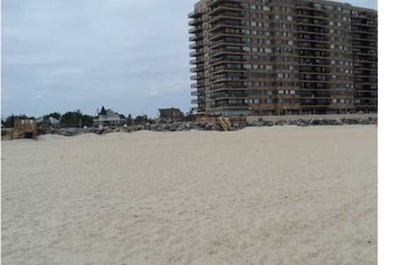 WINTER RENTAL Beach front FURNISHED - Monmouth Beach