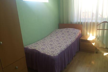 Комната с удобным расположением - Пикино - Ev